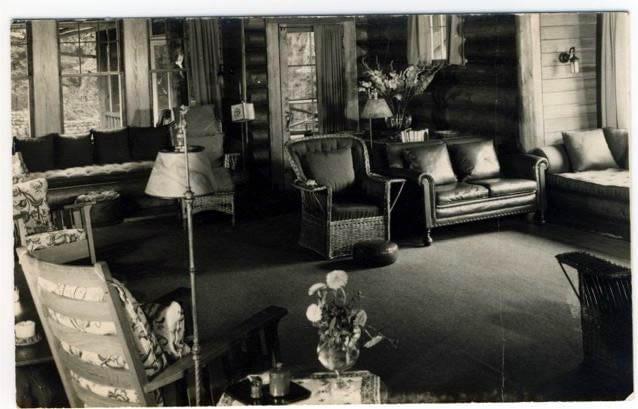 bungalow-club-indoors